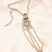 bh115 3 femme osee base chaine col argent.jpg
