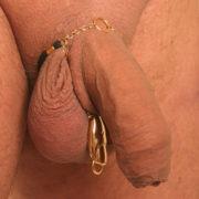 bh132 2 bijou sexe doigt heurtoir col or.jpg