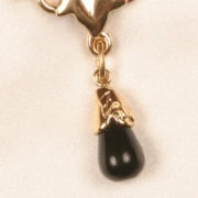 cht81 7 bijou taille goutte de parfum col or.jpg