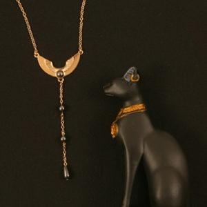 cht89 0 bijoux taille reins or pierre sacree.jpg