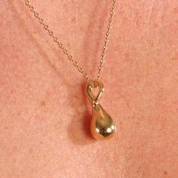 pen10 0 pendentif deau col or avec chaine.jpg