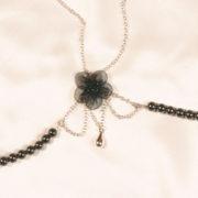 sg42 3 soutien gorge argent perles hematites.jpg