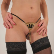 naughty-jewel-pubis-fan-black-gold
