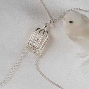 cos77 a collier seins cage amour argent