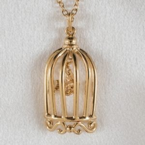 pen26 a pendentif cage amour or