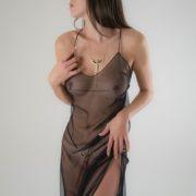joya-senos-erotico-diosa-oro-negro