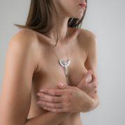 collar-senos-intimo-joya-egipto-plata
